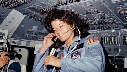美国首位进入太空的女航天员萨莉·赖德。