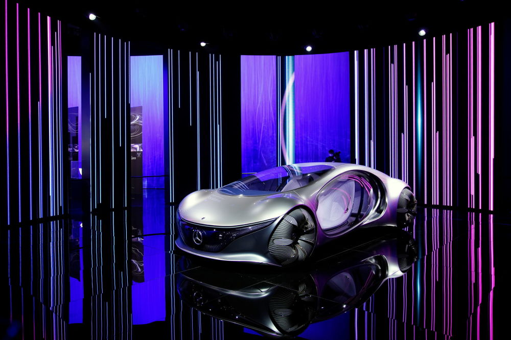 上海国际车展上的奔驰Vision AVTR概念车。