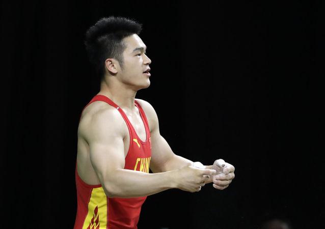 中国举重运动员石智勇