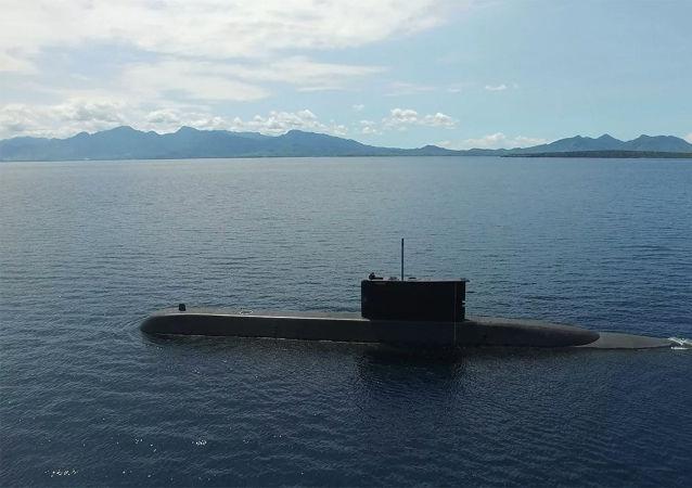 印尼海军的一艘潜艇在演习期间失联
