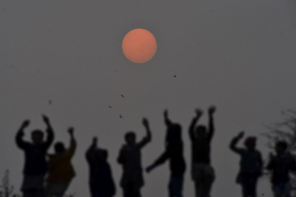巴基斯坦拉合尔2019年最后一日夕阳。