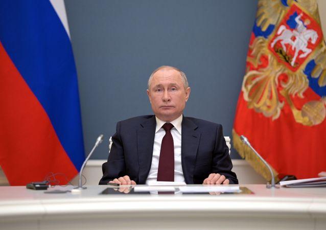 普京愿做吉尔吉斯斯坦与塔吉克斯坦冲突的调停人
