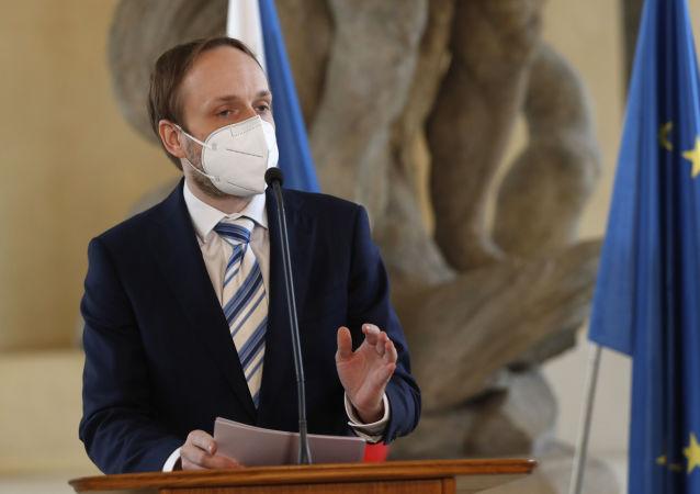 捷外交部:捷克对加剧与俄关系不感兴趣
