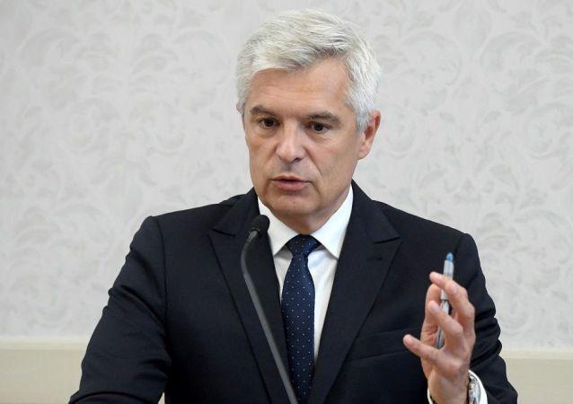 斯洛伐克外交部长科尔乔克