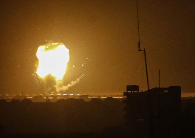 以色列军方:从加沙地带向以发射火箭弹已持续十小时