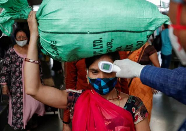 印度首席科学顾问:印度第三波新冠疫情不可避免