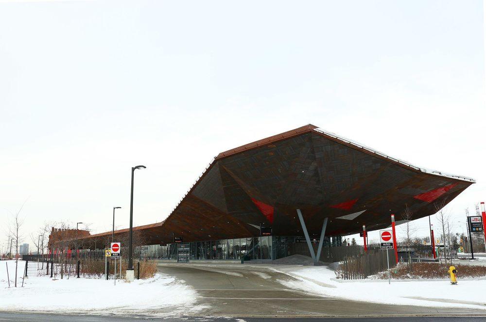 多伦多先锋村(Pioneer Village )的长途汽车站。