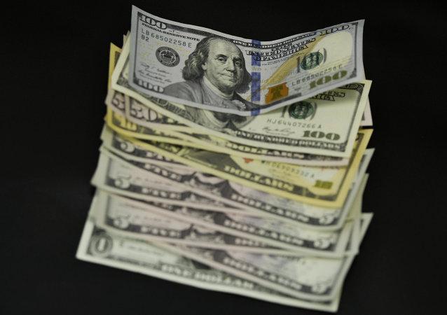 欧盟委员会鼓励欧盟各国拒绝美元