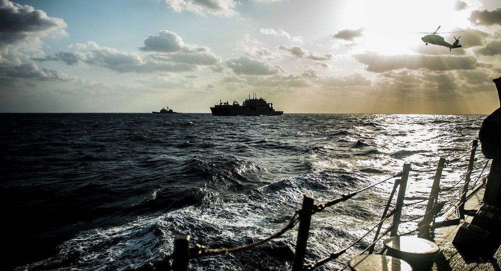 媒体:日美在中国南海举行联合演习