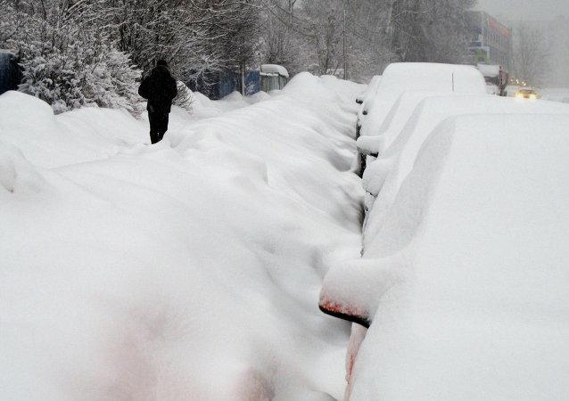 电视台:日本强降雪已造成9人死亡