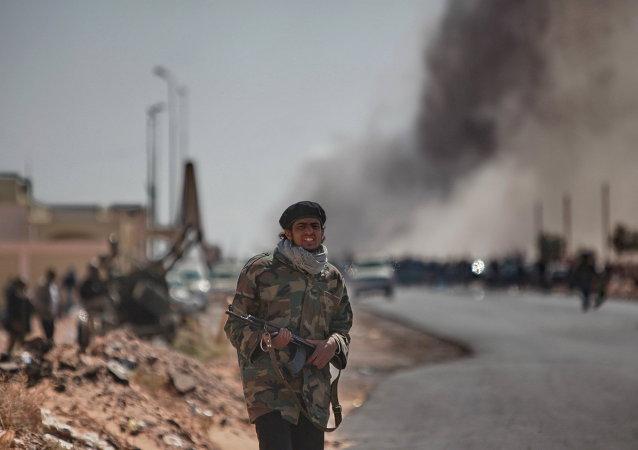 """在苏尔特打击""""伊斯兰国""""行动中阵亡利比亚军人数量增至34人"""