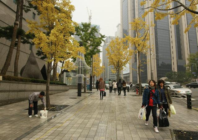 韩国政府准备研究拆迁慰安妇纪念碑引起民众不满