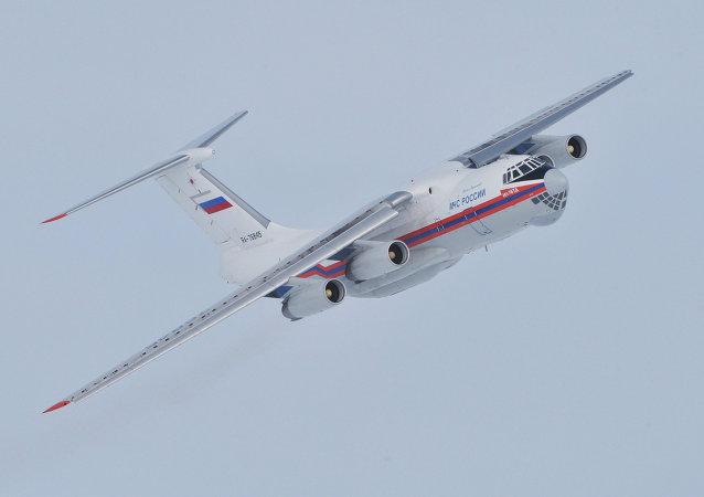 俄联邦紧急情况部向印尼派出2架飞机72名救援队员搜寻客机