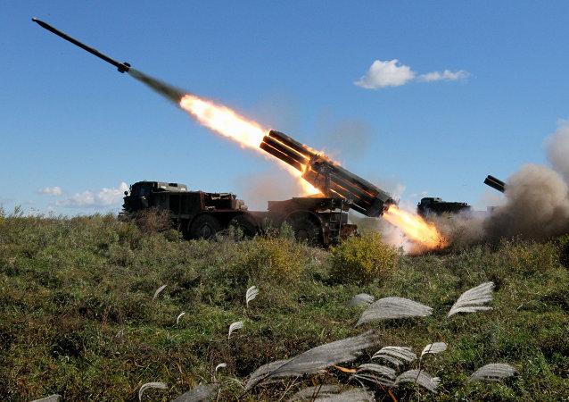 俄罗斯新式多管火箭炮