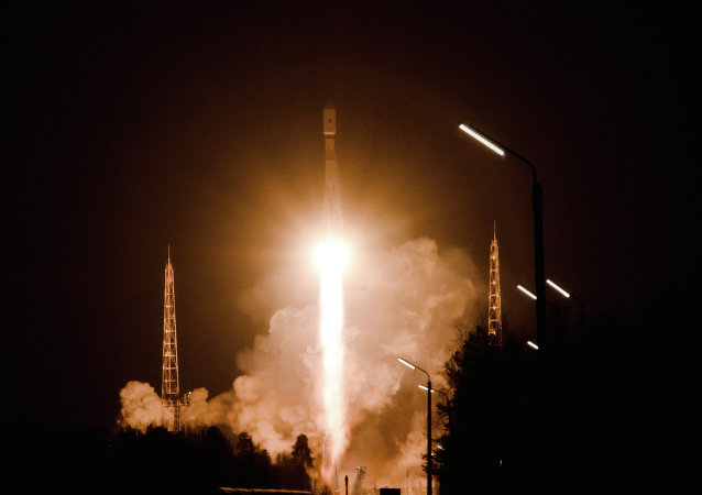 罗戈津:俄罗斯必须开发太空服务市场