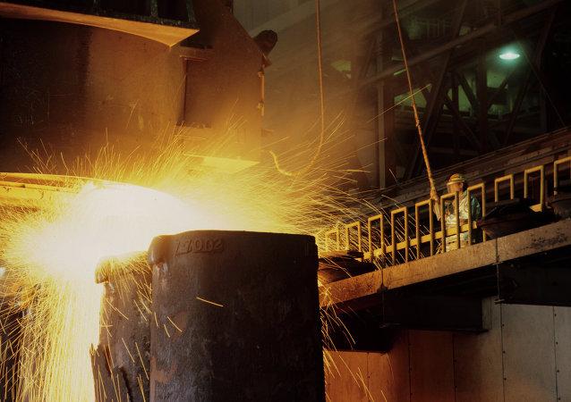 中国最大氧化铝生产厂或将停产 1.3万人面临失业