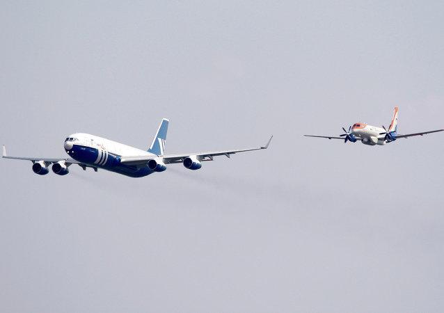 伊尔-96-400Т和伊尔-114