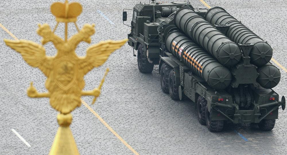 俄罗斯将于2017年底前与印度签署S-400防空导弹系统供应合同