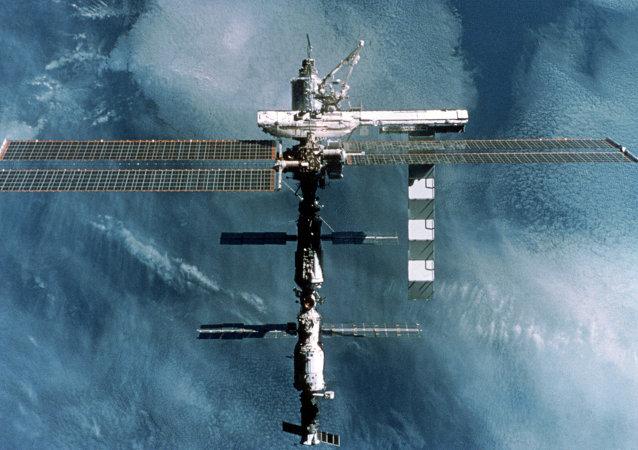 俄航天署:国际空间站轨道提升工作进展顺利