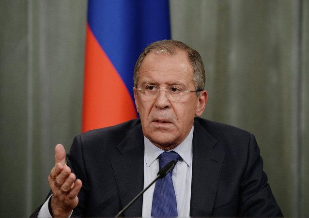 """俄外长称必须通过联合国决议来遏制""""伊斯兰国"""""""