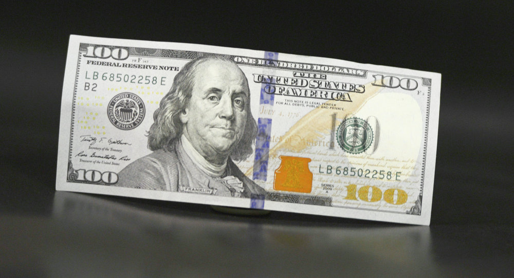 顾客超时乘车一分钟 美国出租车司机得到近千美元小费