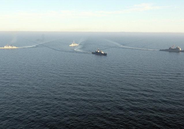美国、印度和日本开始在孟加拉湾举行联合海军演习