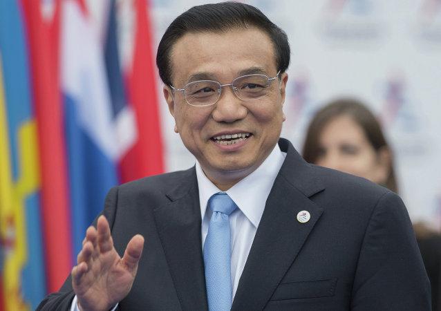中国外交部:中国国务院总理李克强将于7月中旬访问蒙古国