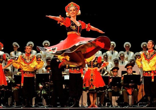 莫伊谢耶夫舞蹈团将身着广州剧院赠送服装登台北京保利剧院