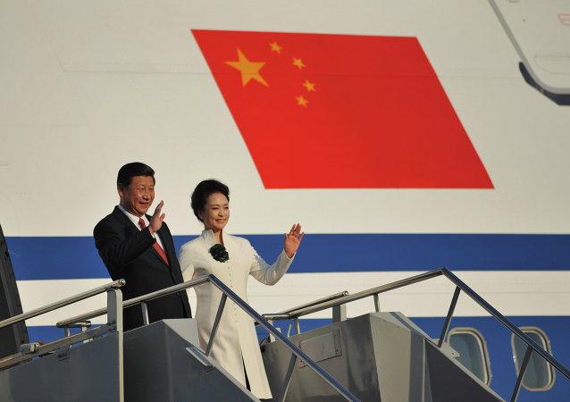 中国国家主席习近平离京出访拉美三国并出席APEC会议