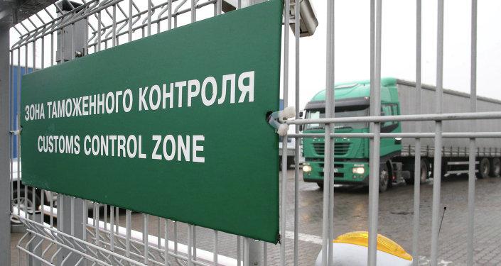 春節期間經濱海邊疆區口岸自中國駛往俄羅斯的貨車數量增長50%