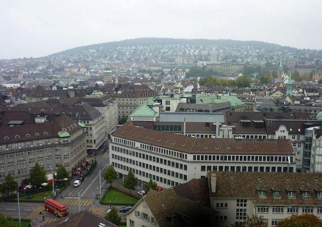 瑞士两火车相撞造成约30人受伤
