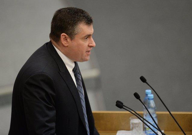 斯鲁茨基:马里乌波尔炮击事件是撕毁明斯克条约的阴谋