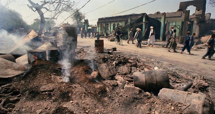 据媒体报道,约300名塔利班分子在塔利班西部被消灭,15名军人、10名警察在战斗中丧生