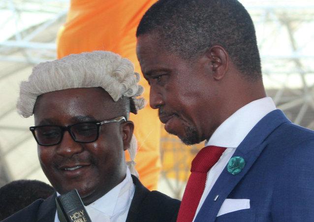 赞比亚总统埃德加·伦古