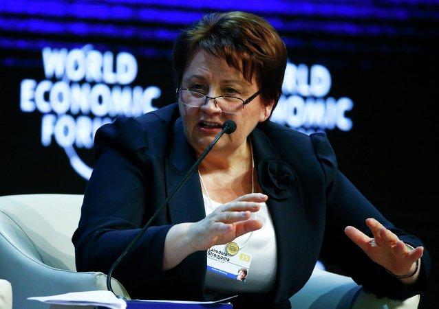 拉脱维亚总理:切断俄罗斯与SWIFT系统的联络将使全球经济瘫痪