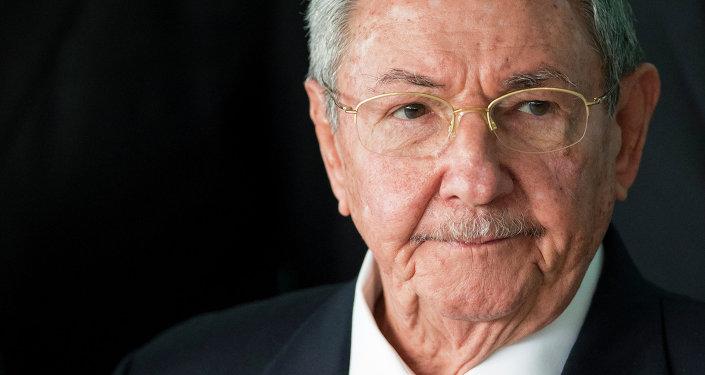 卡斯特罗:古巴对美国外交官的病情没有责任