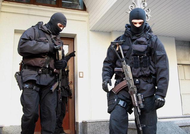 欧理会专员:乌克兰局势对记者来说很危险