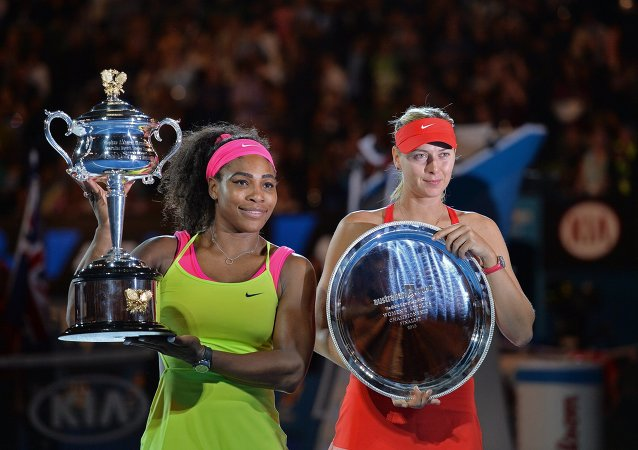 玛丽亚•莎拉波娃在澳网决赛中落败于塞雷娜•威廉姆斯