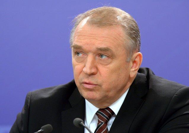 俄工商会主席:新开发银行应该对联结金砖数国的项目进行投资