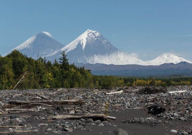 专家:堪察加半岛克柳切夫火山喷发即将结束