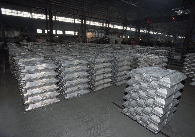 媒体:全球铝业市场赤字预测未必成真 俄中铝企或将扩大出口