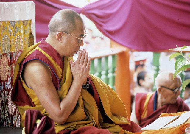 中国外交部:中国坚决反对任何外国势力与达赖喇嘛间的接触
