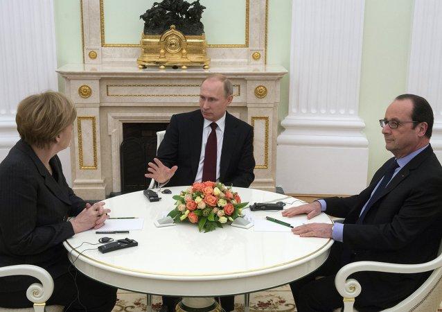 媒体:默克尔和奥朗德希望在柏林与普京探讨叙利亚局势