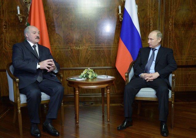 """普京:若就一系列立场达成一致,""""诺曼底格式""""参与国领导人将在明斯克会面"""