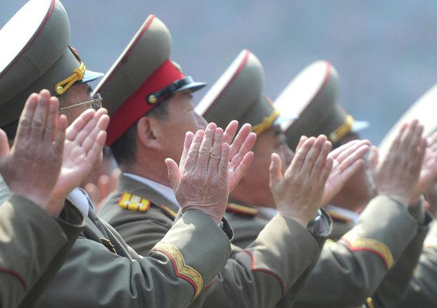 """朝鲜进行3次短程""""舰对舰""""导弹的发射试验"""