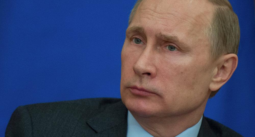 普京与吉尔吉斯斯坦总统会谈