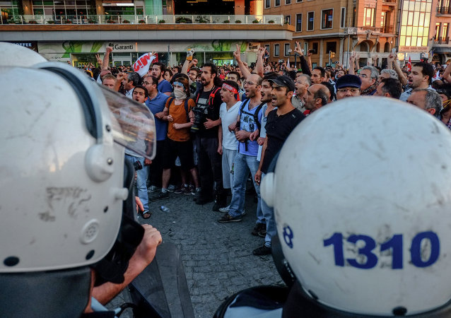 政治家:土耳其公投可能引发大规模骚乱