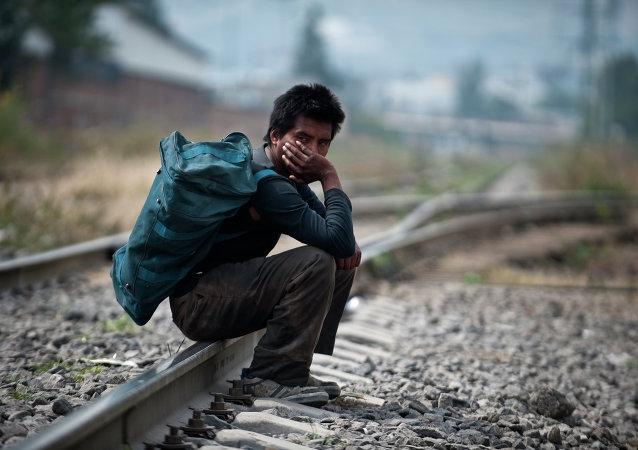 中国要求墨西哥赔偿因铁路停建造成损失