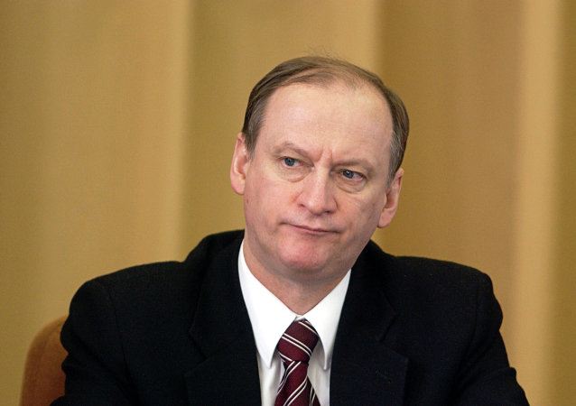俄安全委员会秘书:安全委员会对伊斯兰国与北高加索恐怖分子接触感到担忧