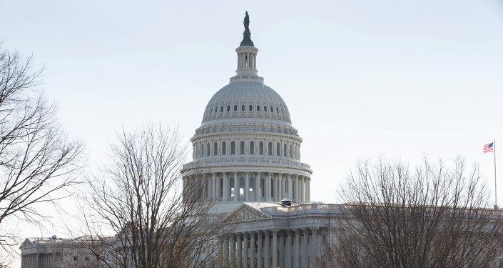 美国会众议院委员会批准2018年预算草案